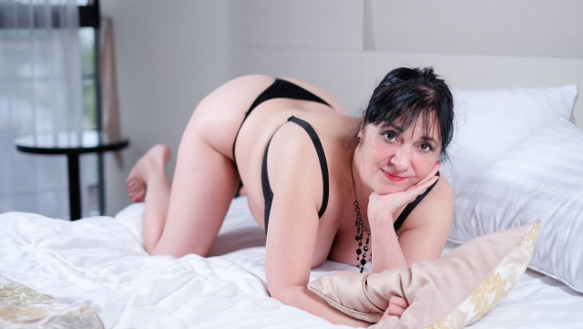 CarlaMilles live cam porn