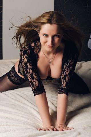 MissKris1 nude webcam porn on streamray