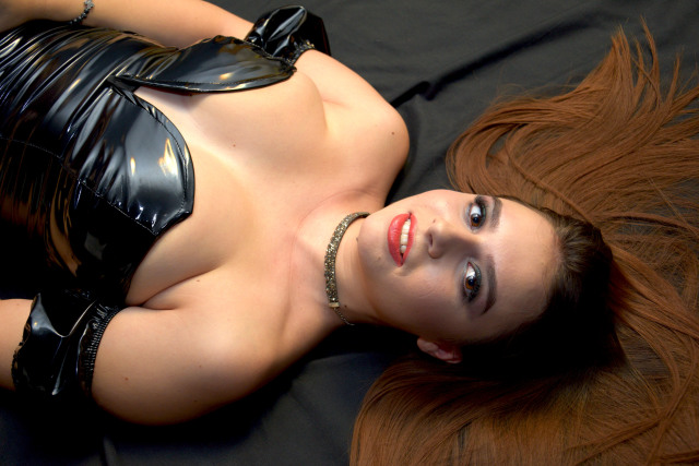 MissSorelle nude webcam porn on cams.com