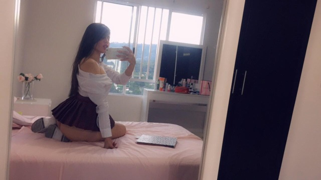 susanblakes nude webcam porn on cams.com